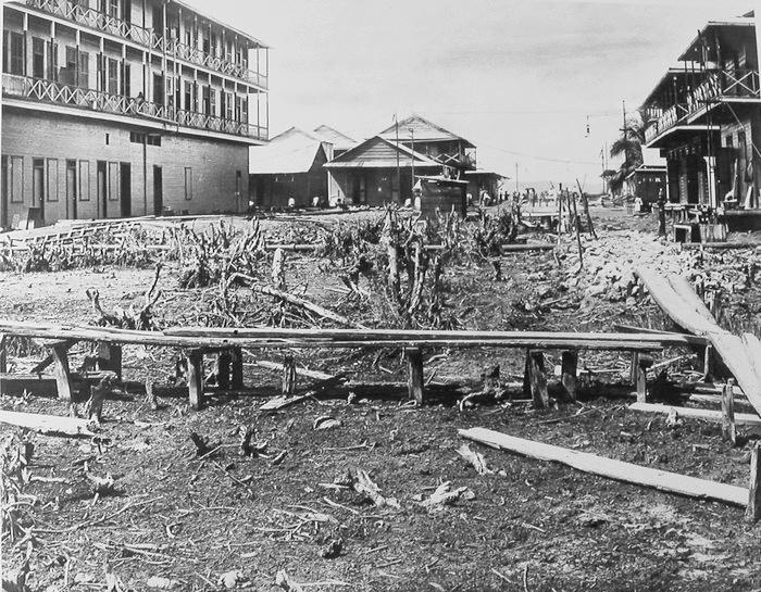 Calle 10 antes de que fuera pavimentada, foto de 1910