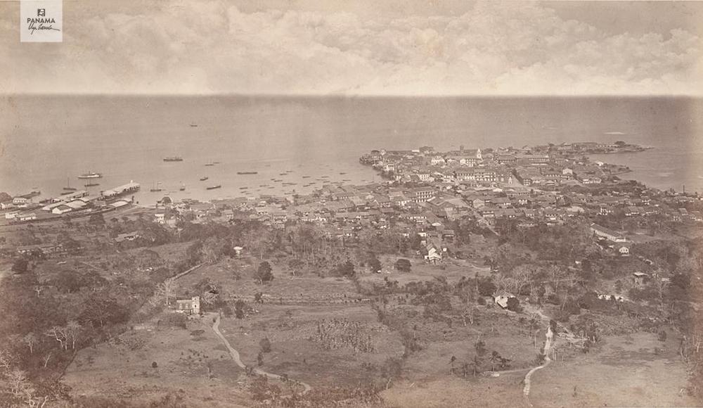 casco viejo desde el cerro ancon 1875