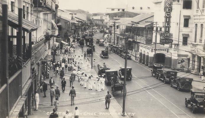 marineros de los años veinte coches Ciudad de Panamá